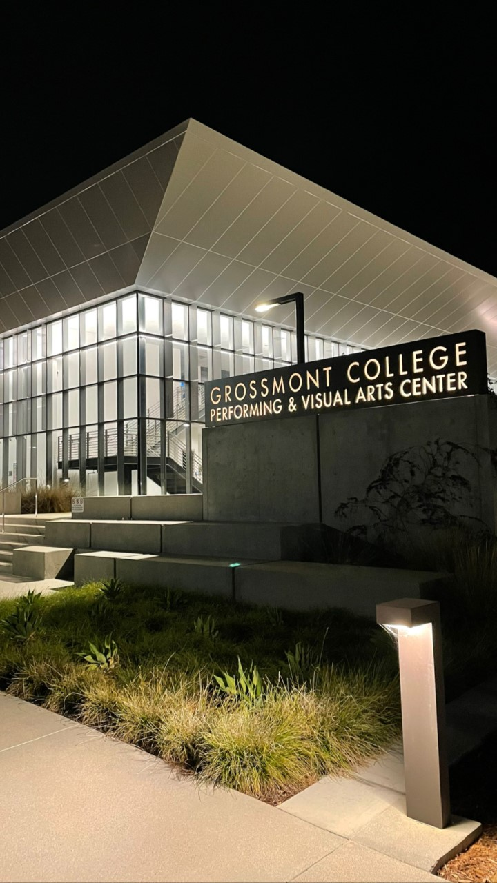 An image of the Grossmont College Visual and Performing Arts Center